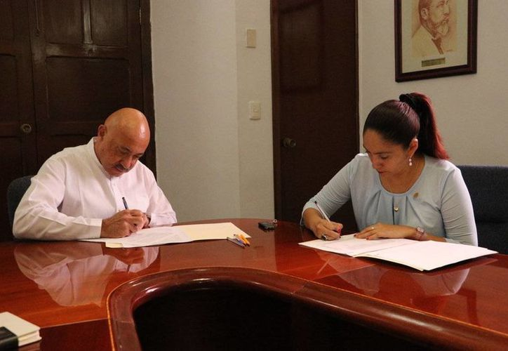 Empleados administrativos de Uady, al igual que los académicos, tendrán un aumento del 3.08% a su salario. (Foto cortesía del Gobierno)