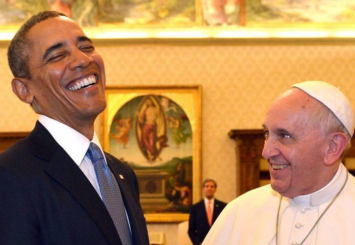 El presidente Barack Obama visitó al Papa Francisco en el Vaticano por primera vez. (Agencias)