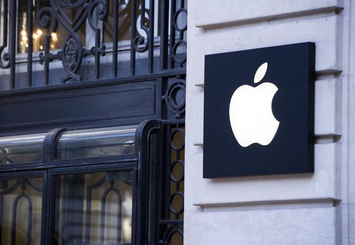 """Apple cuenta con una tienda llamada """"App Store"""" y la de Amazon se llama """"Appstore"""". (EFE)"""