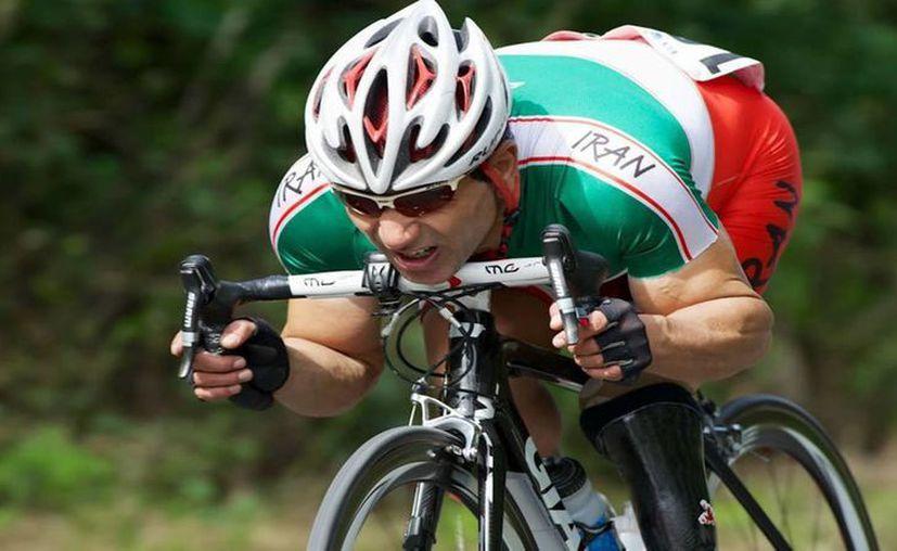 El iraní Bahman Golbarnezhad disputaba sus segundos Juegos Olímpicos. (Imagen tomada de www.elespanol.com)