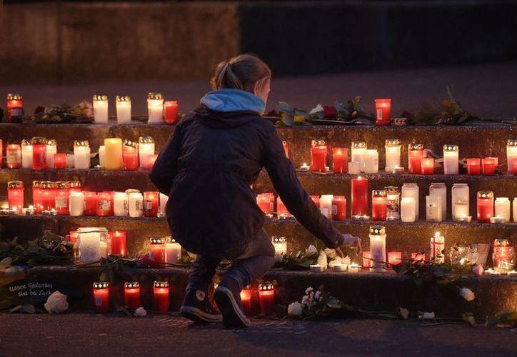 Un pueblo de Alemania perdió a 16 estudiantes de bachillerato que regresaban al país tras un intercambio académico en España. (AP)