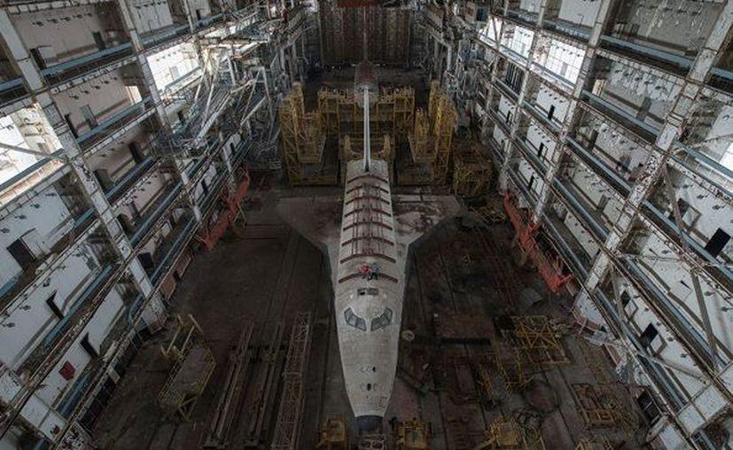El hangar contenía dos enormes transbordadores del programa Burán. (Instagram)
