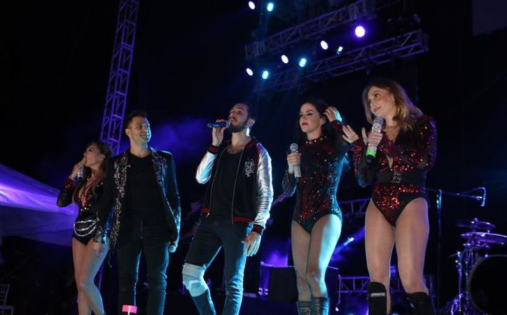 La banda mexicana se presento ante cerca de tres mil 500 fans. (Imágenes/ Movistar)