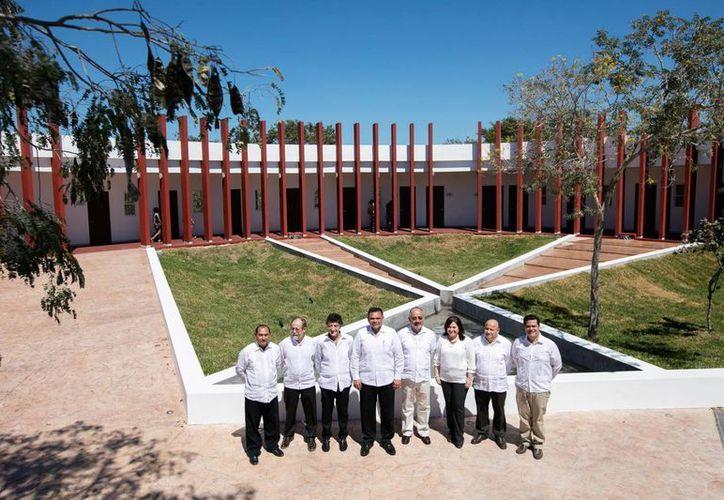 A través de sus nuevas oficinas en el Parque Científico de Yucatán, el Ciesas Peninsular generará nuevos estudios, alternativas y soluciones a temas como la pobreza, la exclusión y el turismo sostenible, así como conceptos vinculados a la innovación. (Fotos cortesía del Gobierno)