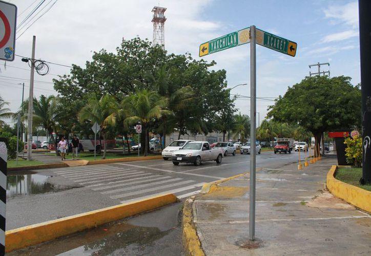 El departamento de Ingeniería Vial realiza un análisis para agilizar el tráfico vehicular. (Sergio Orozco/SIPSE)