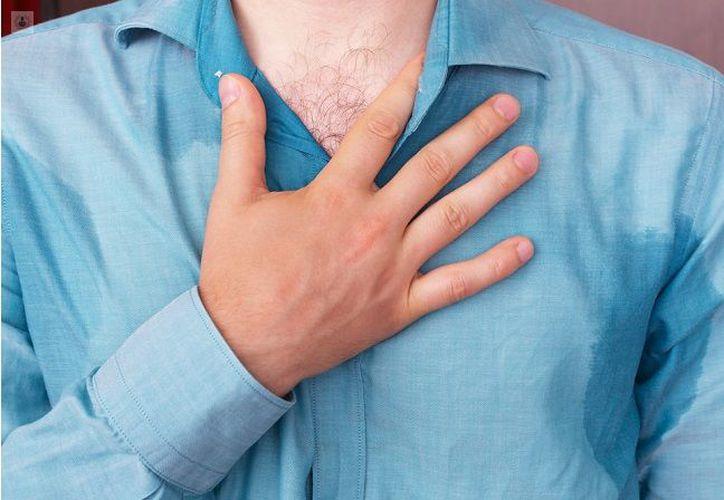 Existen dos tipos de hiperhidrosis, la primaria y la secundaria. (Top Doctors)
