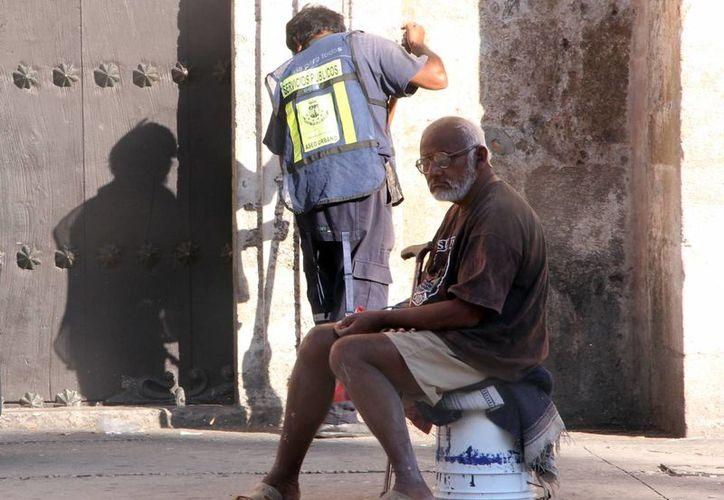 Los adultos mayores podrán denunciar maltrato o abandono ante la Prodemefa. (José Acosta/SIPSE)