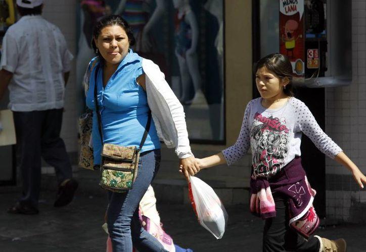 En Mérida ayer el amanecer fue frío, pero al mediodía se tornó caluroso. (Christian Ayala/SIPSE)