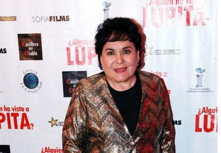 La noche del sábado, Carmen Salinas acudió a la posada de la telenovela Porque el Amor Manda. (Agencia Reforma)