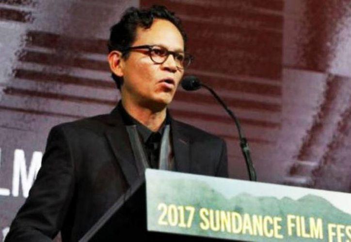 Ernesto contreras ganó el Premio del Público en la sección World Dramatic Competition en la 17 edición del Festival de Cine de Sundance, por su película Sueño en otro idioma. (@mcristina_gc)