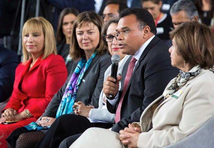 Este martes, Rolando Zapata Bello estará en el 1er Congreso Peninsular de Capital Humano, Feria de Empleo y Semana Estatal de Seguridad y Salud en el Trabajo. (Facebook)