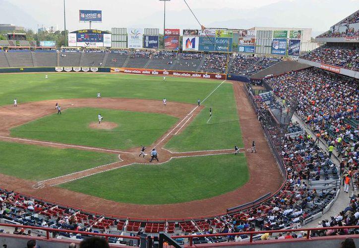 En el estadio de Monterrey se realizará una serie entre Dodgers de Los Ángeles y Padres de San Diego. (Redacción)