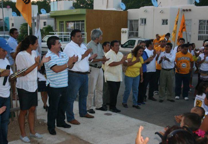 Orlando Muñoz Gómez, candidato a la alcaldía por el PRD. (Adrián Barrreto/SIPSE)