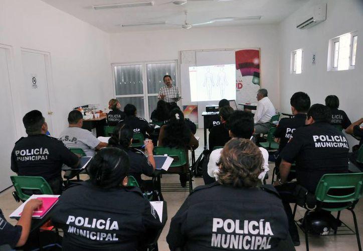 El curso se apega al programa del Subsidio para la Seguridad de los Municipios. (Cortesía/SIPSE)