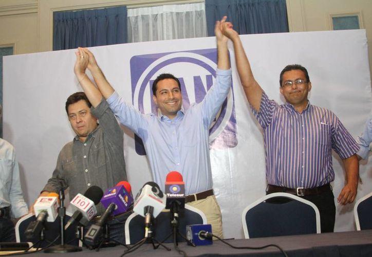 Con el 51% de las actas en su poder, el PAN declaró el triunfo de su candidato a la alcaldía de Mérida, Mauricio Vila Dosal, con un 10 % de ventaja sobre su más cercano competido, Nerio Torres Arcila. (César González/SIPSE)