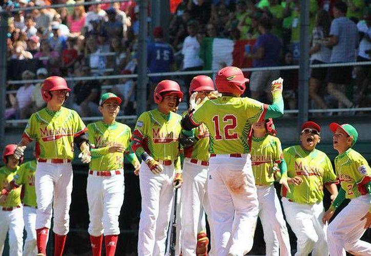 México ganó este martes a Canadá en el Mundial de beisbol de Ligas Pequeñas. (llbmexico.com)