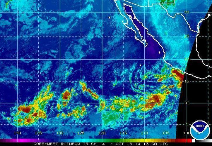 Hasta las 07:15 horas, la tormenta tropical Trudy, cercana a las costas de Guerrero y Oaxaca, tenía vientos máximos sostenidos de 95 kilómetros por hora. (ssd.noaa.gov)