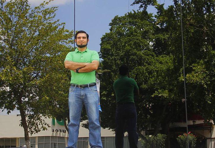 Luis Eduardo García Camors emprendió un proyecto que facilita ayudar a asociaciones civiles. (Juan Albornoz/SIPSE)