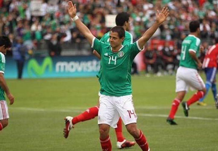 Hay gran interés en adquirir una tarjeta de crédito identificada con la Selección Mexicana. (mexico.cnn.com/Archivo)