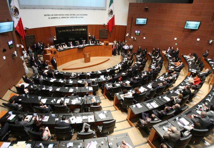 La ASF indica que la Cámara de Senadores no cumplió en materia de transparencia, pues una tercera parte del presupuesto general de 2015 'desapareció' injustificadamente. (senado.gob.mx)