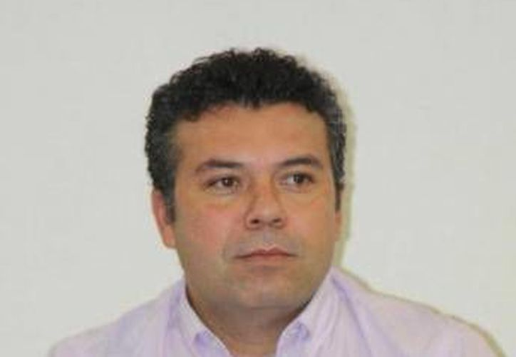 Mauricio Góngora Escalante, presidente municipal de Solidaridad, fue el primero en manifestar su apoyo a las medidas tomadas por el presidente municipal de Benito Juárez, Paul Carrillo, en el desalojo de maestros. (Redacción/SIPSE)