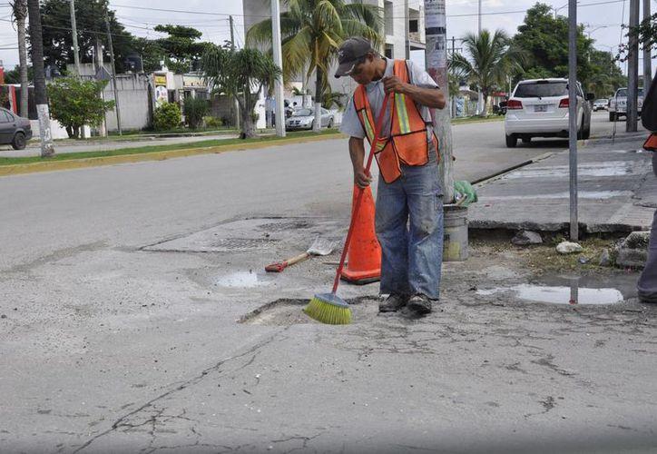 Obras Públicas reforzará tareas de bacheo en el municipio. (Adrián Barreto/SIPSE)