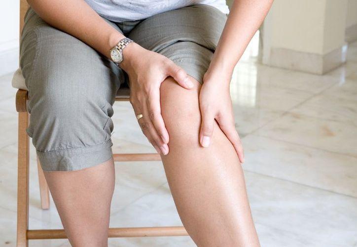 Ante síntomas como dolor en las articulaciones por más de seis semanas, el paciente debe ser valorado. (wordpress.com)