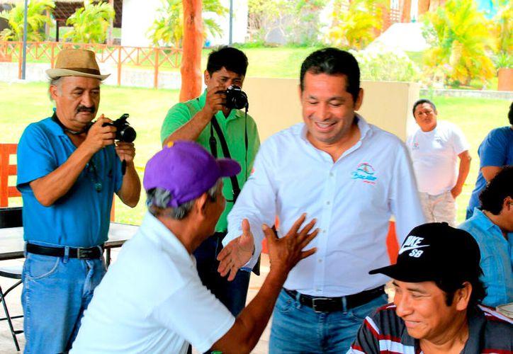Rosa María Estrada encabezará la nueva directiva del sindicato de trabajadores del gobierno municipal de Bacalar. (Redacción)