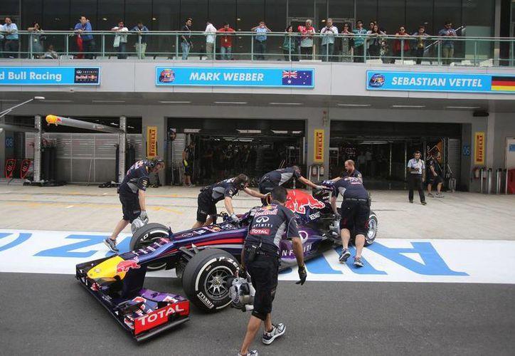 """Sebastian Vettel no se confía, y dice que el rival a vencer hoy """"son todos"""". (Agencias)"""