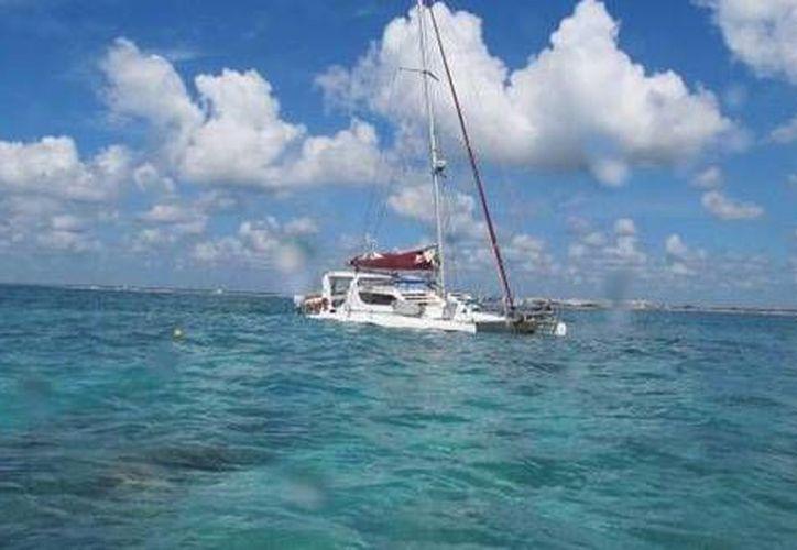 Descartan que el velero ocasione derrames de contaminantes en el mar. (Redacción/SIPSE)