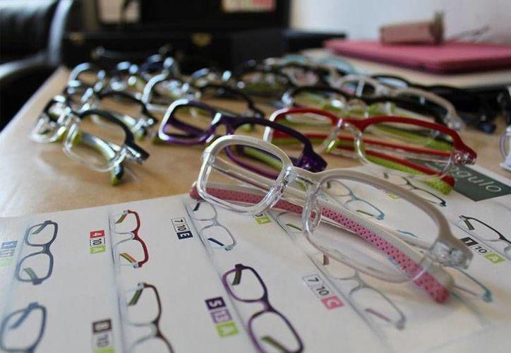 Durante dos días, la población, tanto de la zona insular como de la zona continental, tendrá acceso a diferentes y útiles servicios optometristas. (Redacción/SIPSE)