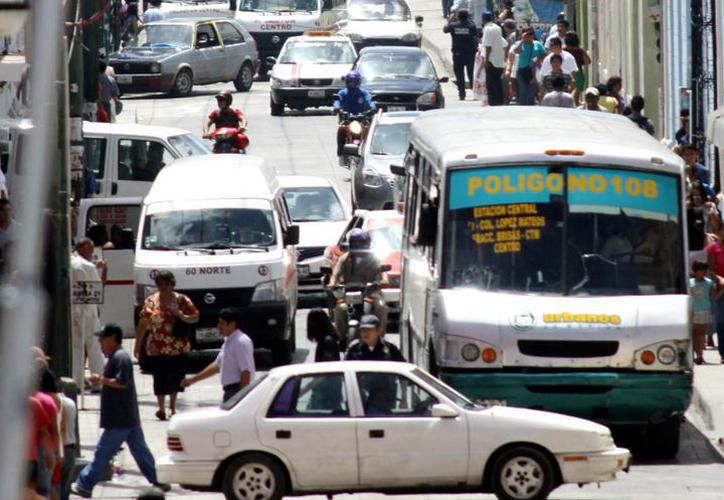 Transporte en Yucatán pide subsidio de 35 millones de pesos o la ampliación del precio en el pasaje, de 13 y 6 pesos. (SIPSE)