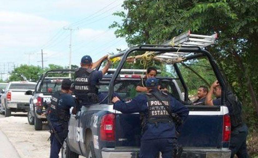 Policías Estatales secuestraron, golpearon, robaron y abandonaron a un chetumaleño. La unidad de Asuntos Internos (AI) de la SESP investigará hasta comprobar el hecho y aplicar la sanción administrativa o penal. (Redacción/SIPSE)