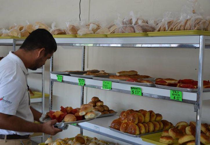 Las ventas de pan disminuyeron en un 50% en comparación con años anteriores. (Gerardo Amaro/SIPSE)