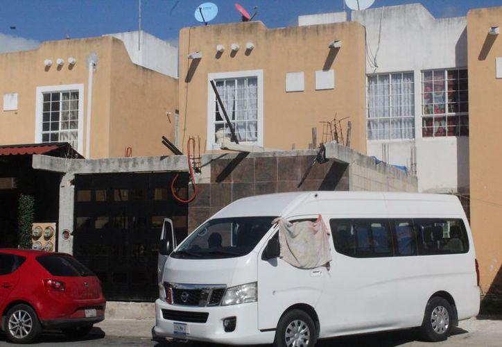 El domicilio se ubica en la cuarta etapa duplex fraccionamiento Villas del Sol. (Redacción/SIPSE)