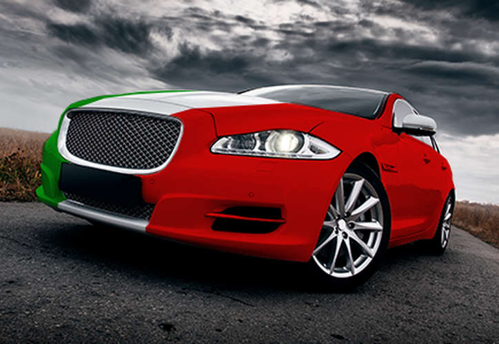 Del 47 por ciento de los clientes que compran autos premium en el país, 10 por ciento accede a unidades de superlujo. (El Financiero)