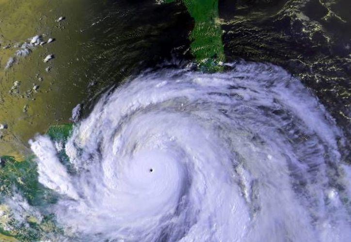 Cada año se instala el Comité Estatal Operativo Especializado para Casos de Huracán en el Estado. (Contexto/Internet)