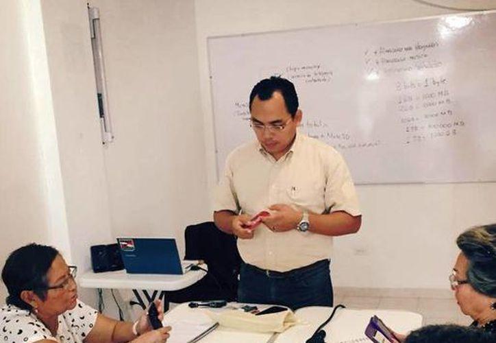 El Instituto Universitario Gerontológico del Estado de Yucatán impartirá talleres a adultos mayores sobre el uso de la tecnología. (Milenio Novedades)