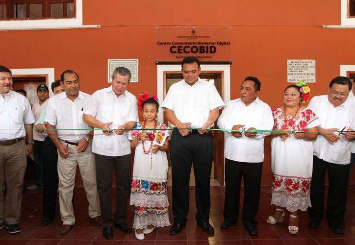 Inauguración del Centro Comunitario de Bienestar Digital en Muxupip. (SIPSE)