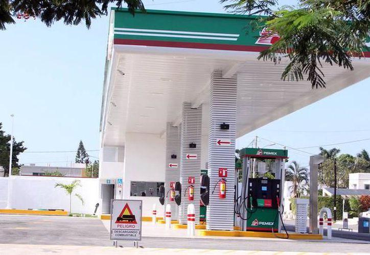 """Este año, Pemex abrirá cinco nuevas gasolineras en Yucatán. Hasta ahora, la competencia """"no pinta"""". (Archivo/SIPSE)"""