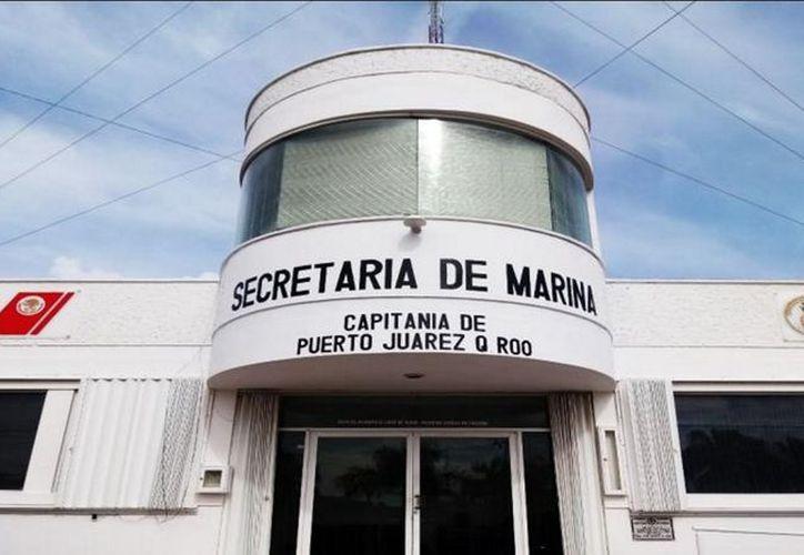 La Secretaría de Marina-Armada de México participa en la vigilancia de las actividades turísticas en el mar. (Paola Chiomante/SIPSE)