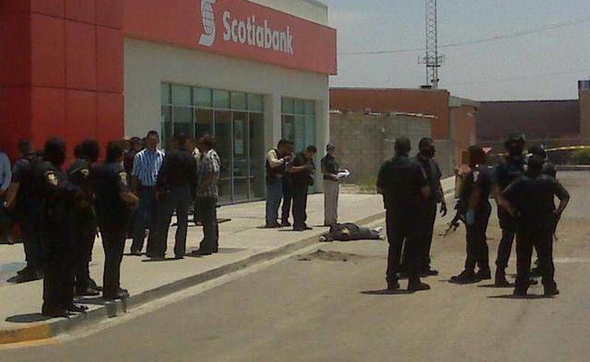 En enero de este año hubo 90 denuncias por robo a usuarios de banco, y en febrero fueron 78. (www.narcotijuana.wordpress.com/Archivo)