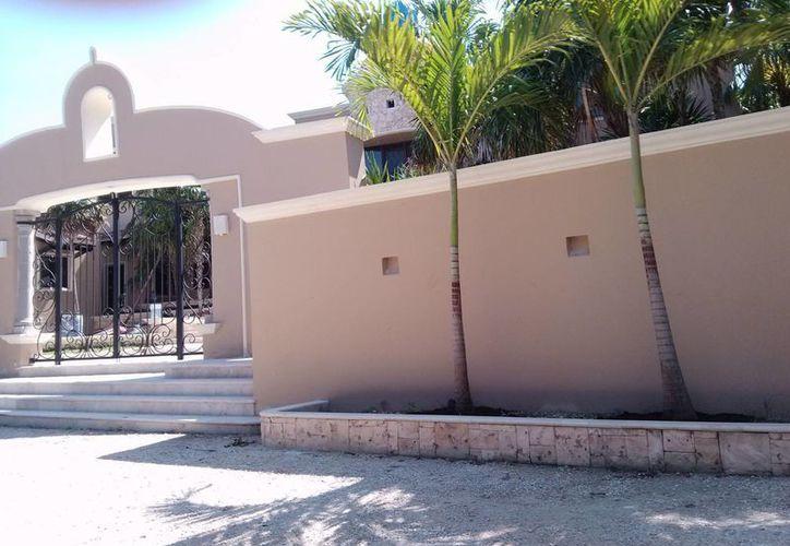 Los hoteles clandestinos de la localidad representan una fuga de impuestos. (Rossy López/SIPSE)