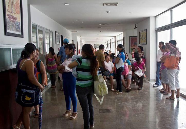 Asistir a consultorios médicos irregulares trae consecuencias. (Juan Cano/SIPSE)