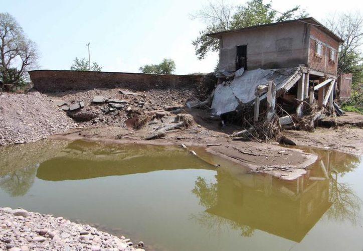 Más de 50 por ciento de las viviendas afectadas corresponden al estado de Guerrero con más de 13 mil. (Notimex)