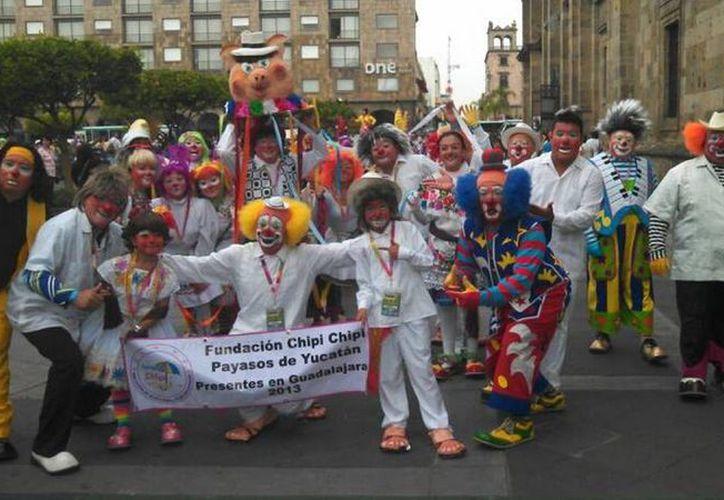 Aunque las competencias de este año fueron muy reñidas, los payasos yucatecos se impusieron sobre casi 300 payasos de México, Argentina y EU. (Facebook )