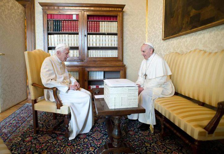 Los dos líderes religiosos se reunieron en privado en una biblioteca y luego almorzaron juntos.