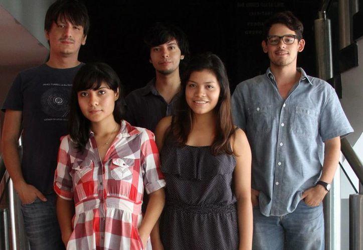 Imagen de los integrantes del  cortometraje titulado Sinfonía adolescente  que promocionan su trabajo a nivel mundial. (Milenio Novedades)