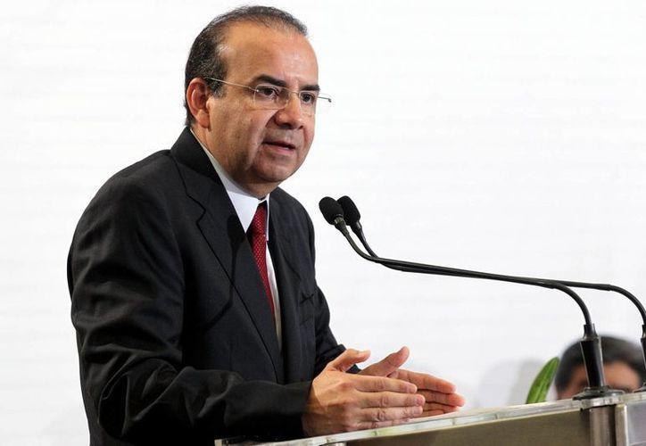 El secretario del Trabajo, Alfonso Navarrete Prida, aseguró que la reforma laboral ha logrado que el combate al trabajo infantil beneficie a medio millón de menores. (Notimex)