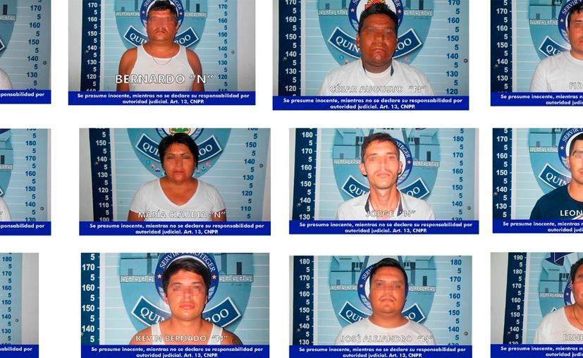 Los detenidos fueron sorprendido cuando intentaban ocultar artículos en el manglar (Redacción/SIPSE)